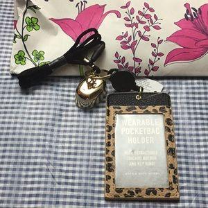 Cheetah print Wearable Pocketbac holder
